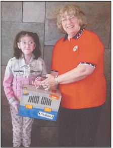 Kewaskum American Legion Auxiliary Helps Children